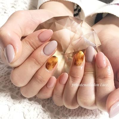. #お友達ネイル#nail#nailart#💅 #simple#大人ネイル#大人可愛い #べっ甲#ホイルネイル#グレージュ #Nailbook#tredina#nailist#奈良 #自宅サロン#お家ネイル#Luce.