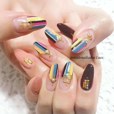 . #mynail#change#nail#nailart#💅 #秋冬#デザイン#大人ネイル#大人可愛い #フレンチ#ワンカラー#ストライプ #colorful#パール#ブローチネイル #Nailbook#tredina#nailist#奈良 #自宅サロン#お家ネイル#Luce.