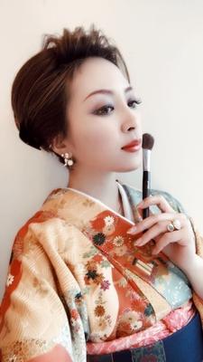 https://t.co/8qVpFR0Qxi メニューはこちら⬆  #広島 #8LAMIA8 #ラミア #熊野筆丹精堂 #化粧筆 #メイク  熊野筆丹精堂さんの化粧筆の販売開始いたしました。筆の使い方や用途がわからない方は、 ラミアにて、熊野筆丹精堂インストラクターのMIHOさんが在籍しておりますのでお気軽に聞いてください。^ ^  ラミアは24時迄営業の美容室です! お仕事帰りなどに便利になりました^_^  *20時以降のご予約は2日前迄の受付になります。  ※ #8LAMIA8#JHSS広島校#24時まで営業#カット#カラー#パーマ、#縮毛矯正#エクステ#ヘアセット#増毛エクステ#メイクレッスン #ネイル#着付け#衣類#装飾品販売!  トータルコーディネートサロン 8LAMIA8(ラミア)  https://t.co/T1bVdX4mCu