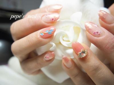 桜ネイル🌸 デカパーツもつけて、春らしいネイルになりました♡ ・ #pepesnail #nail #nailart #nailstagram #gelnail #nails  #paragel #pregel#vetro#handnail#ネイル #ネイルアート #ハンドネイル #春ネイル#シンプルネイル#オフィスネイル#自宅ネイル#大分市