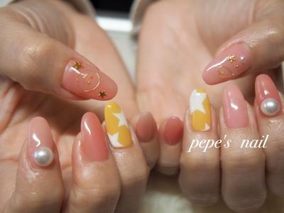 ネイリスト仲間でネイルのしあいこ♡ 2色のピンクに、popなアート💕楽しい時間😊 ・  #pepesnail #nail #nailart #nailstagram #gelnail #nails  #paragel #pregel#vetro#handnail#ネイル #ネイルアート #ハンドネイル #春ネイル#シンプルネイル#ワイヤーネイル #自宅ネイル#大分市
