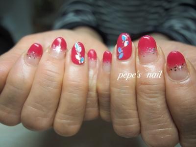 キラキラグラデーション♡ ・ #pepesnail #nail #nailart #nailstagram #gelnail #nails  #paragel #pregel#vetro#bellaforma #handnail#ネイル #ネイルアート #ハンドネイル #春ネイル#シンプルネイル#オフィスネイル#グラデーション#自宅ネイル#大分市