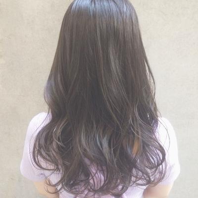'イルミナカラー × シルバーラベージュ