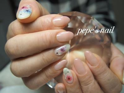 新作サンプルから早速選んでくださいました♡ とっても嬉しいです🤗 ・ ワンカラーをグラデーションに。 bellaformaのジェル、グラデーションにワンカラーにホント綺麗で、よくオーダーされています。 オフィスにもオススメですよ〜💅 ・ #pepesnail #nail #nailart #nailstagram #gelnail #nails  #paragel #pregel#vetro#bellaforma #handnail#ネイル #ネイルアート #写ネイル#ハンドネイル #グラデーション#サンプルから#自宅ネイル#大分市