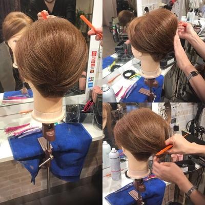 #JHSS広島校  #中国地方唯一 #広島 #ヘアメイク #ヘアセット #ヘアエクステ #メイク #着付け #ネイル #スクール  和髪の授業 表面の髪の毛の面を整えことが難しいですね。 綿菓子を扱うようにヘアセットをするのがポイントです。^ ^   資料請求や体験レッスンはこちらから http://www.japan-hairset-school.com/s/schoolinfo?SchoolId=13