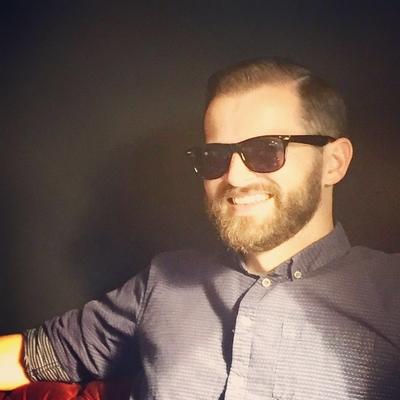 """Side Part. 7:3バーバースタイル 詳細は↓ https://ameblo.jp/barberspeakeasy/entry-12266217015.html   金沢市で「フェードカット 」「ポマード」「メンズカット」のことは金沢駅近く バーバーショップ """"スピークイージー,,へ http://barber-speakeasy.crayonsite.net  #金沢バーバー#スピークイージー#金沢駅周辺#理容室#床屋#メンズカット#フェードカット#スキンフェード#バーバースタイル#夜遅くまで営業#オシャレ#barber#barbershop#金沢バーバースタイル #金沢市バーバーショップスピークイージー #ポマード #金沢市スキンフェード#金沢市バーバーショップ"""