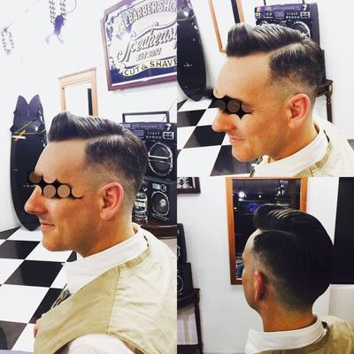 """Classic Part Pompadour × Skin Fade  Style    金沢市で「フェードカット 」「ポマード」「メンズカット」のことは金沢駅近く バーバーショップ """"スピークイージー,,へ  #大人紳士の通うバーバー http://barber-speakeasy.crayonsite.net  #金沢バーバー#スピークイージー#金沢駅周辺#理容室#床屋#メンズカット#フェードカット#スキンフェード#バーバースタイル#夜遅くまで営業#オシャレ#barber#barbershop#金沢バーバースタイル ##金沢市バーバーショップスピークイージー #金沢市バーバーショップ#金沢市スキンフェード"""