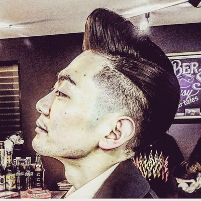 "Classic Part ×Pompadour   金沢市で「フェードカット 」「ポマード」「メンズカット」のことは金沢駅近く バーバーショップ ""スピークイージー,,へ  #大人紳士の通うバーバー http://barber-speakeasy.crayonsite.net  #金沢バーバー#スピークイージー#金沢駅周辺#理容室#床屋#メンズカット#フェードカット#スキンフェード#バーバースタイル#夜遅くまで営業#オシャレ#barber#barbershop#金沢バーバースタイル ##金沢市バーバーショップスピークイージー  @barber.speakeasy   #金沢市バーバーショップスピークイージー#金沢バーバースタイル#金沢市スキンフェード#金沢市バーバーショップ"