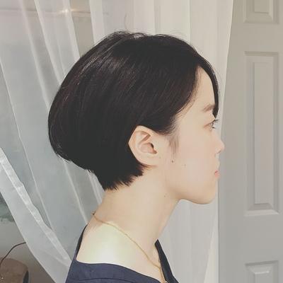 耳かけ黒髪ショート。* 大人っぽい雰囲気にしたい時おすすめです✧  #ショート  #耳掛けショートボブ  #黒髪