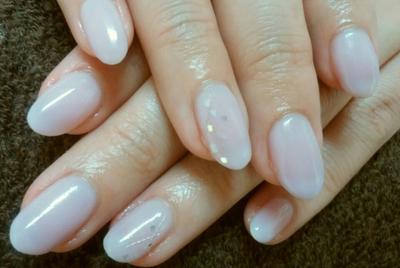 色白さんにおすすめのシンプルネイル 参考価格4860円 #シンプルネイル #シアーカラー #ピンクネイル