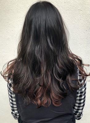 インナーカラー✨ #float梅田 #ヘアスタイル #fashion #ヘアセット #hair #haircolour #髪型 #ヘアカラー #カラー #外国人風 #関西サロモ #グレーアッシュ #梅田 #簡単ヘアアレンジ #ゆるふわ研究家 #デザインカラー #外国人風カラー #ヘアカタログ #ヘアカタ #グレージュ #ショートヘア #バレイヤージュ #ハイライト #インナーカラー #エモい #ブリーチ #パーマ #スタイリング #デジタルパーマ #ミディアム