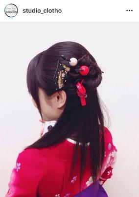 卒業式:袴着付け+ヘアセット ハーフアップ ✨ ヒロ(hiro)   #京都#祇園#kyoto#セットサロン #京都セットサロン #studioclotho#スタジオクロト #ヒロstudio #プライベートサロン    #ヘアアレンジ #ヘアメイク#アーティスト#美容師 #ファッション#モデル#カメラ #ナチュラル#ルーズ#エアリー #かわいい#おしゃれ#おしゃれさんと繋がりたい   #ハーフアップ#かんざし  #ブライダル#結婚式 #イベント#パーティ #和装ヘア #袴#卒業式