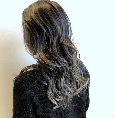 color: バレイヤージュ+グレージュ  #神戸 #三ノ宮 #美容室 #美容師 #カット #カラー #ヘアカタ #ヘアアレンジ #サロモ #モード #ハイライト #イルミナカラー #外国人風カラー #グレージュ #highlight #haircut #サロモ #color #ダメージレスブリーチ #バレイヤージュ #ブルージュ