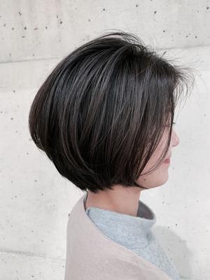 #外国人風 #アディクシーカラー #グラデーションヘア #リアルミー #髪質改善 #グレージュ #ハイライト #イルミナカラー #サロンスタイル #リアルヘア #3Dカラー #バレイヤージュ #グラデーション #シルバーシャンプー #ミルクティー #透け感カラー #ピンクベージュ #セミロング #イメチェン #ショートバング #ファッション