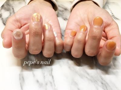 美容師のお客様。 子どもさんの入学式前に💅 うちの👦🏻もヘアカットしてもらって、今日はお兄ちゃんにたくさん遊んでもらって👦🏻も嬉しそうでした♡ これからも末永く💕 よろしくおねがいします😊 ・ #pepesnail #nail #nailart #nailstagram #gelnail #nails  #paragel #pregel#vetro#bellaforma #handnail#ネイル #ネイルアート#シンプルネイル#オフィスネイル#ニュアンスネイル #ハンドネイル  #自宅ネイル#大分市