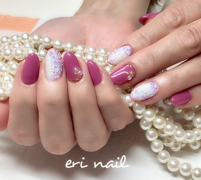 スプリングフラワーネイル🌸 春らしいとっても素敵なネイルデザインです👍✨ 大人っぽく色っぽいピンクパープルをお選びいただき、すっごく素敵に色っぽい感じに仕上がりました😊💕 色っぽいお客様にとってもお似合いでした😊👍💕      #ジェル #ジェルネイル #ジェルネイルデザイン #ネイル #ネイルデザイン #ネイルアート #ネイルブック予約受付中 #春ネイル #フラワーネイル #スプリングフラワーネイル #ピンクネイル #名古屋ネイル #名古屋ネイルサロン #名古屋市ネイル #名古屋市ネイルサロン #天白区ネイル #天白区ネイルサロン #天白区原ネイル #天白区原ネイルサロン #天白区自宅ネイル #天白区プライベートネイル #駐車スペースあり