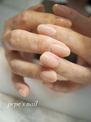 お客様ネイル💅 プルンとワンカラー。 肌馴染みがよくとても綺麗でした! ・ #pepesnail #nail #nailart #nailstagram #gelnail #nails  #paragel #ageha #agehagel #pregel#pregelmuse#vetro#bellaforma #handnail#ネイル #ネイルアート#オフィスネイル#ワンカラー#ストーン #ハンドネイル  #自宅ネイル#大分市ネイル #大分市森
