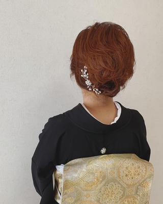 【レンタル留袖ご利用のお客様】  肌着、足袋、草履にバッグも全て付いているので手ぶらでご来店下さい。  LINE@よりお問い合わせください。   【LINE@】登録はコチラ↓↓ http://line.me/ti/p/%40feo1921f  【LINE@】ID検索➡︎@feo1921f  #福岡ヘアセット#天神#ヘアアレンジ#ヘアセット#Threekeys #スリーキーズ#着物#福岡ヘアサロン #福岡結婚式#結婚式#親族衣装#花嫁#着付け#着物ヘア#和装ヘア #プレ花嫁#ヘアセット専門店#和装ヘアアレンジ#女子会#オトナ女子#着物レンタル #結納#山の上ホテル#前撮り#お呼ばれヘア#留袖レンタル#留袖ヘア#ミディアムヘア#ミディアムヘアアレンジ