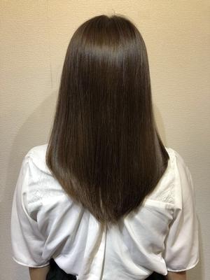 #髪質改善#ロング#ハイライト#ハイライトカラー #外国人風#外国人風カラー#ヘアカラー#ミルクティーベージュ#アッシュグレージュ#バイオレット#ホワイト#トレンド#アディクシー#美容師#美容室#大阪#トリートメント