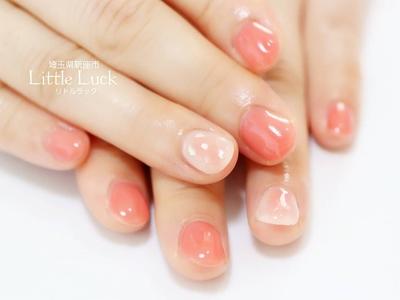 #30代ネイル #控え目 #上品  透け感のあるピンクに 上品なシェルアートを❁  ベーシックネイルコース+アート1本¥500+tax