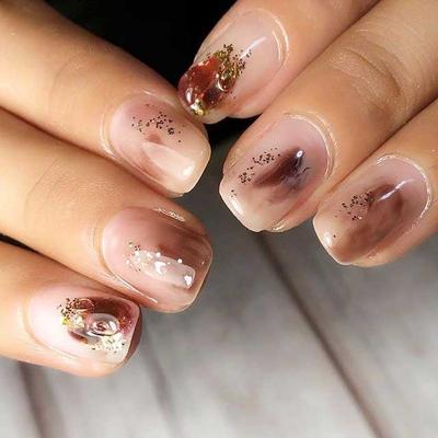 あなたの好みの爪の形は?代表的な4種類の特徴と、その形に合ったネイルデザインをチェック!