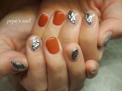 お客様ネイル💅 テラコッタ×メタリックのニュアンスデザイン。 ・ #pepesnail #nail #nailart #nailstagram #gelnail #nails  #paragel #ageha #agehagel #pregel#pregelmuse#vetro#bellaforma #handnail#ネイル #ネイルアート#ニュアンスネイル #自宅ネイル#大分市ネイル #大分市森